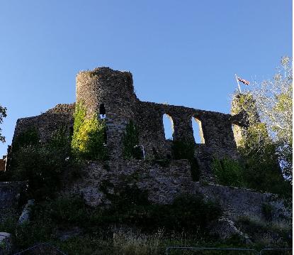H castle
