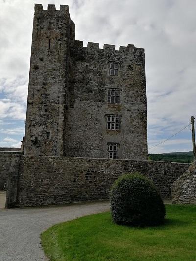 Ballyhoo castle
